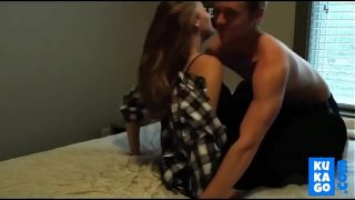 Amateur College girl gets a creampie from boyfriend